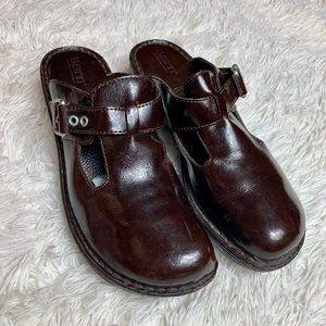 BORN Della Brown Slip On Leather Mule Clog Sz 9